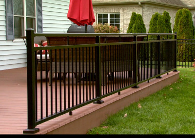 Azek Deck with Aluminum Railing
